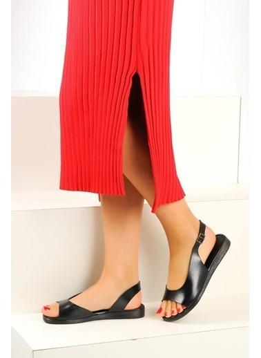Pembe Potin A223-19 Kadın Sandalet Siyah